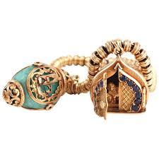 s charm bracelet nardi winged lion of st charm bracelet 1940s vintage charm