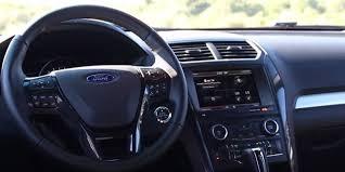 Ford Explorer 2016 Interior Honda Laura Compares The 2016 Honda Pilot And 2016 Ford Explorer