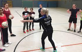 Gesamtschule Bad Oeynhausen In Bad Oeynhausen Schwarz Weiß Blau Macht Schlau Dsc Arminia