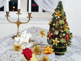charmingly christmas tabletop decoration ideas