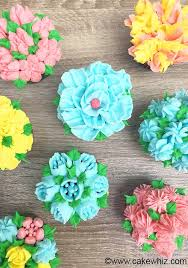 Easy Icing Flowers - 74 best cake decorating russian tips images on pinterest