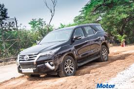 lexus india lexus india assembly planned as innova waiting soars motorbeam