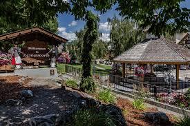 Lakefront Getaway 3 Bd Vacation Rental In Wa by White Water Cottage 4 Bd Vacation Rental In Leavenworth Wa Vacasa