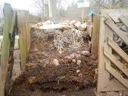 How To Make A Compost Pile In Your Backyard by Homemade Compost Bins