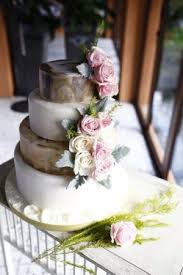 4 tier destination wedding cake at sri panwa baba nest phuket