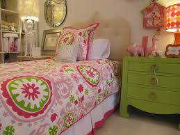 Pink Girls Bedroom Bedroom Lovely Room With Small Green Comfort Bed Feat Round