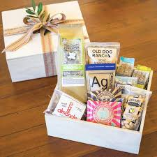 california gift baskets california artisan snack gift box the santa barbara company