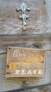 Quote Signs Home Decor by 91 Best Rustic Wood Signs And Home Decor Images On Pinterest