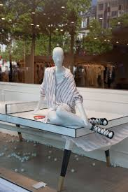 Magasin Ouvert Le 1 Mai by Best 25 Magasin Champs Elysee Ideas On Pinterest Boutique
