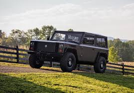 bollinger b1 the world u0027s first all electric sport utility truck is finally here