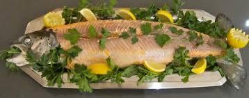 cuisiner un saumon entier le saumon entier boilard
