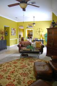 50 colored walls which give character to the contemporary