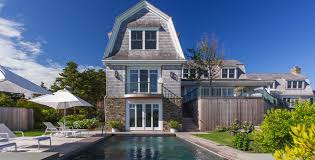 stunning shingle style gambrel beach home on martha u0027s vineyard