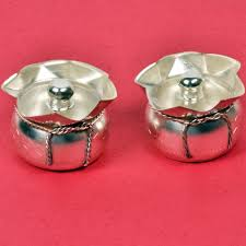 silver gift items india buy india silver polished small freshener box pair
