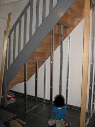 Placard Sous Escalier Avec Tablettes J Ai Découvert Un Amenagement Placard Sous Escalier