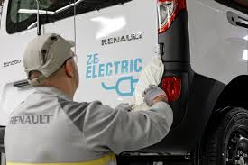 renault launches two all electric vans to make bustling cities