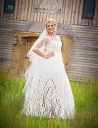 stone hill barn in augusta ks services wedding barn