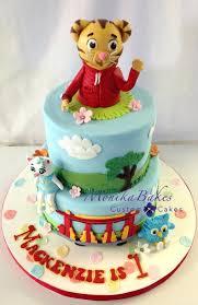 daniel tiger cake daniel tiger cake designs best images on birthday creations cake