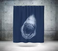excellent decoration shark shower curtain surprising ideas de beste 25 eller flere ideene om på