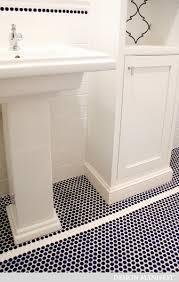 Hexagon Tile Bathroom Floor by Navy Penny Tile In A Bathroom This Looks A Lot Like The Little