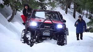 toyota jeep 2009 snow wheeling oregon toyota jeep crawlers youtube