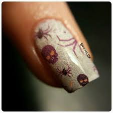 eery eve perfect nail