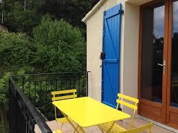 chambre d hote venelles chambres d hôtes les volets bleus chambre à venelles dans les