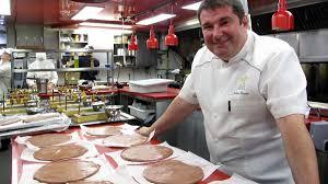 salaire chef cuisine pénurie de cuisiniers le journal de montréal