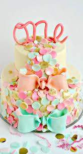 decoration cupcake anniversaire 1001 recettes pour un gâteau d u0027anniversaire 1 an fait maison