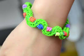 bracelet with rubber bands images How to make new twist rubber band bracelet by hand craftstylish jpg