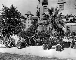 hotels in pasadena ca near bowl parade 1905 two flower covered automobiles in the 1905 parade