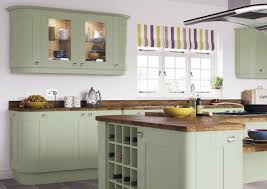 shaker cabinet door styles flat bar pulls what are shaker cabinets