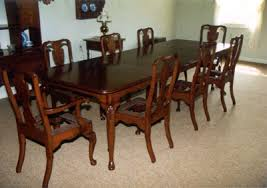 images of queen anne dining table thomasville collectors cherry