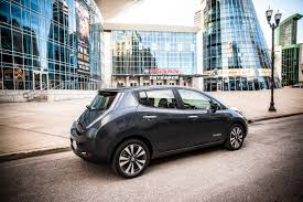nissan leaf youtube review nissan leaf likely to get u0027hot weather u0027 battery in next year