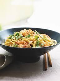 cuisine thaï pour débutants le pad thaï plat incontournable de la cuisine thaïlandaise moving