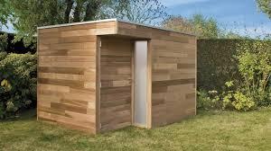 cabane jardin petit chalet de jardin en bois cabanes and co