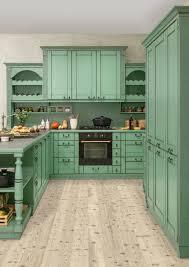 avignon kitchen hanAk nAbytek rustikalni kuchyn hanak v zelenem tonu ru ni patina p ida na krase a dojmu starobylosti