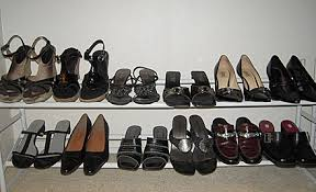image of a shoe rack, borrowed from t0.gstatic.com