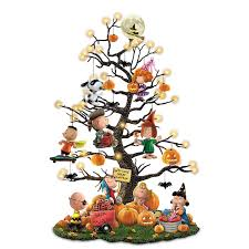 decorated halloween trees amazon com peanuts it u0027s the great pumpkin illuminated halloween