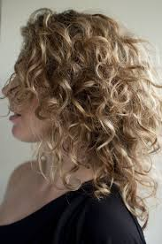 haircuts for 23 year eith medium hair 23 best great curly hair styles images on pinterest curly hair
