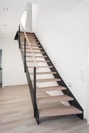 handlauf fã r treppen die besten 25 stahltreppen ideen auf steel railing