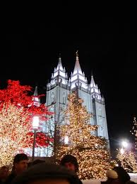 temple square lights 2017 schedule christmas lights at temple square yellow van travels