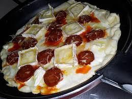poele à cuisiner recette de pizza express cuit à la poêle au chorizo chévre et miel