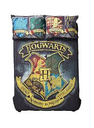 86 X 86 Comforter Harry Potter Distressed Hogwarts Crest Full Queen Comforter