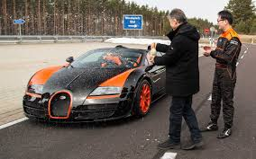 fastest bugatti bugatti veyron grand sport vitesse is world u0027s fastest convertible
