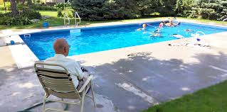 94 year old man builds pool for neighborhood kids after wife dies