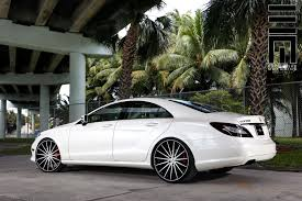 mercedes benz w218 cls550 white on vossen vfs2 wheels mercedes