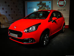 Fiat Punto Evo Goes On Sale Priced At Rs 4 55 Lakh Details Pg 4
