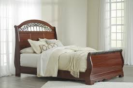 sleigh bedroom set queen fairbrooks estate queen sleigh bed b105 77 74 96 complete bed