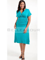 robe de cocktail grande taille pour mariage robe de soirée grande taille courte bleu col v manches plis